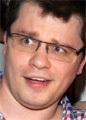 Суд отменил решение о разводе Гарика Харламова