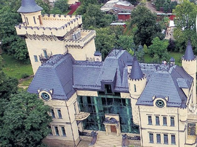 Фото машины галкина и его дворец