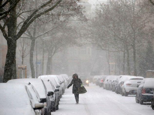 Сильный снегопад в столице продлится доконца недели
