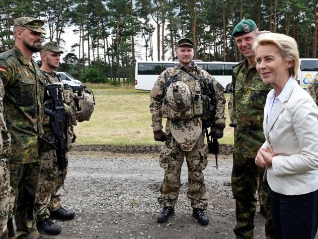В германской армии проведут курсы по«сексуальной ориентации»