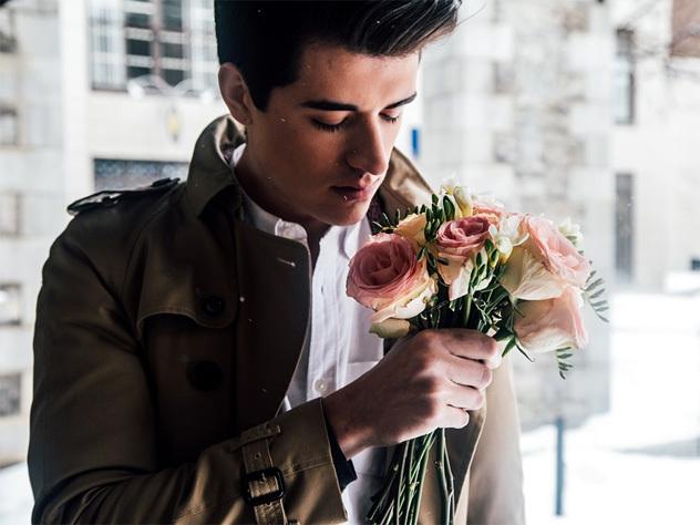 Какие цветы можно дарить мужчинам и когда