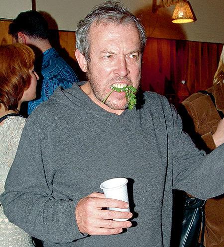 Андрей МАКАРЕВИЧ полагает, что травка поможет сгладить отрицательное влияние алкоголя на организм