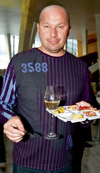 Спортивная фигура Дмитрия - результат диет и ежедневной зарядки
