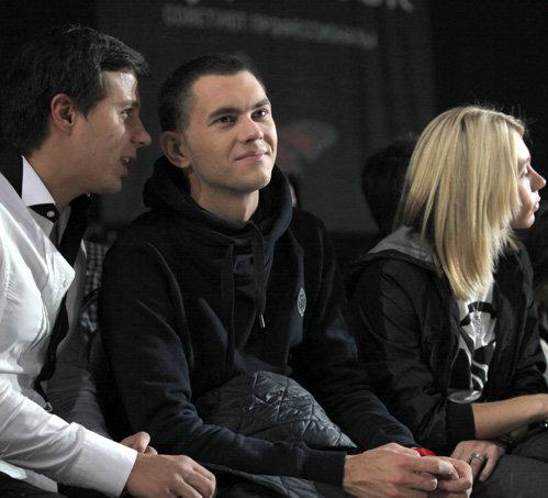 Леонид РУДЕНКО (в центре)