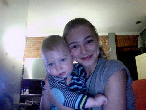 Оксана АКИНЬШИНА выложила фото с сыном Филиппом на своей страничке в Facebook