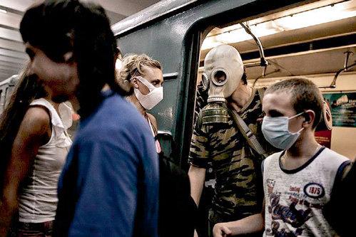 Этим летом чиновники уверяли, что московский смог не вредит здоровью, а смертность в столице такая же, как всегда. И не принимали никаких мер