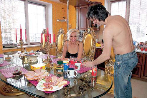 Завтрак влюбленных среди шика, блеска и гламура
