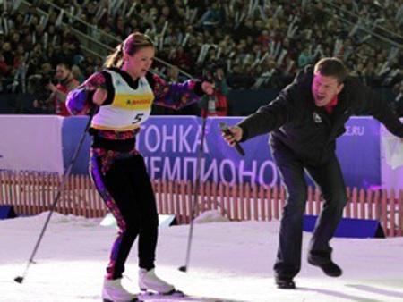 Анна СЕМЕНОВИЧ встала на лыжи...