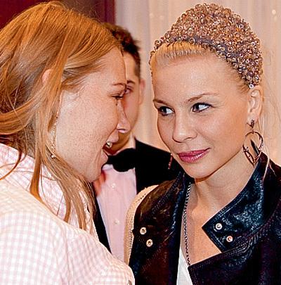Надя СКАЗКА (справа), экс-любовница Ильи ЛАГУТЕНКО, заметно похорошела