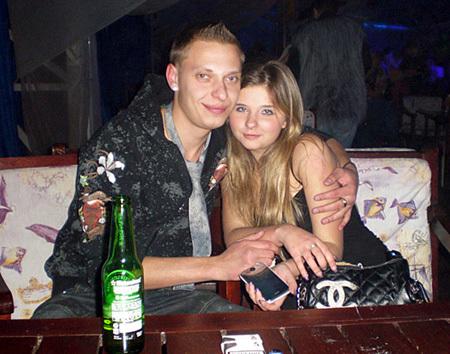 Виктория любила проводить время в ночных клубах со старыми и новыми друзьями. Фото kp.ru