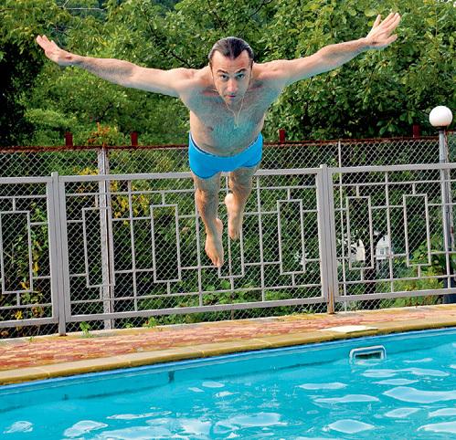 Эвклид КЮРДЗИДИС морю предпочитал бассейн