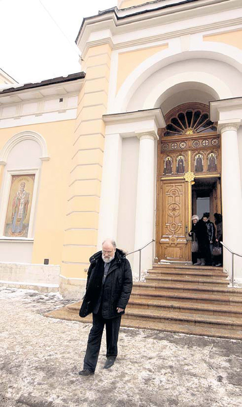 Глава ЦИК ходит в храм Рождества святого Иоанна Предтечи каждое воскресенье. Не стал исключением и день выборов