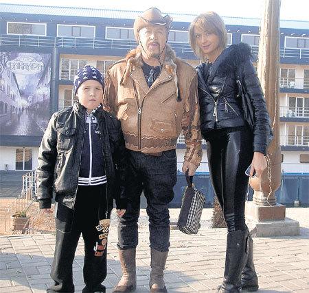 Сейчас в жизни певца два главных человека - сын Кристиан и жена Татьяна