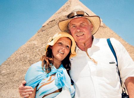 С женой Аллой ПРОЛИЧ в Каире (2005 г.)