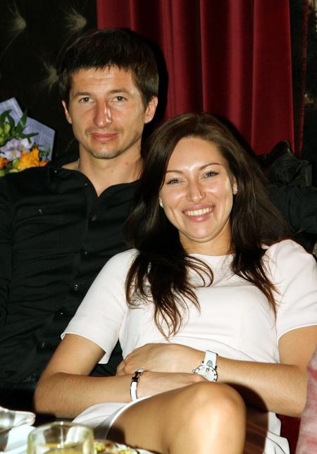 Евгений АЛДОНИН с подругой Викой