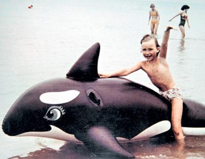В детстве будущая актриса была весёлой и непосредственной, любила животных