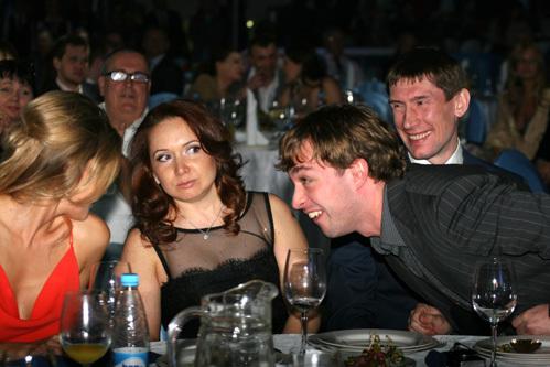 Константин ГОРОВИКОВ с женой и Михаил АНИСИН