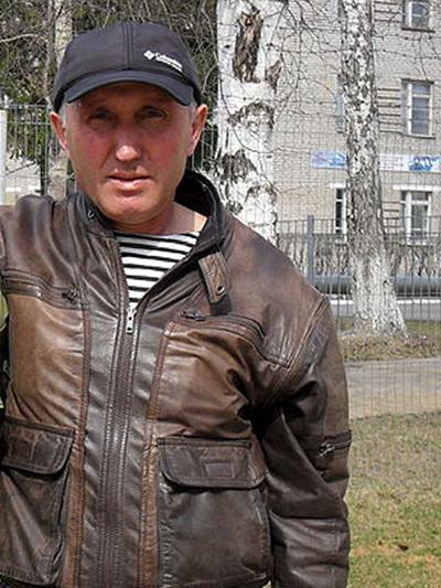 ...и Шарафутдин Темиров, брат мужа Любы Темировой не хотят отдавать сыновей Любаши в детский дом, а собираются воспитывать их сами