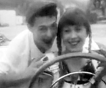 Хит «Натали» Григорий посвятил погибшей возлюбленной - Наташе ДЕБРЯНСКОЙ (кадр из клипа)