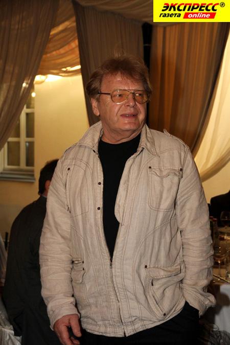 Юрий АНТОНОВ стал жертвой воров (фото Бориса КУДРЯВОВА).