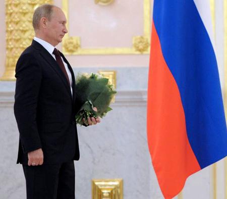 Отечественные паралимпийцы получили свои награды из рук президента страны. Фото: РИА «Новости»