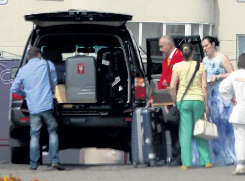 Из отеля «Лучеса» ВАЕНГА решила переехать в отель «Эридан» - именно там остановился Влад ЛАВРИНОВИЧ