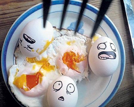 Куры осенью, как неслись, так и несутся, а цены на яйца подскочили на 30 процентов