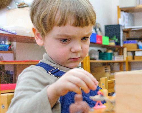 Сейчас Серафиму нужно 16 000 рублей ежемесячно, чтобы продолжить заниматься в детском центре.