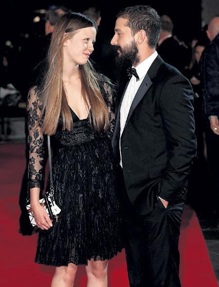Шайа ЛАБАФ и Миа ГОТ на премьере «Ярости» пожирали друг друга глазами…