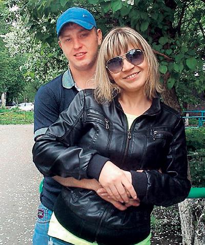 Это последнее фото Ивана с женой, которое он выложил в соцсети накануне преступления. Фото: Vk.com
