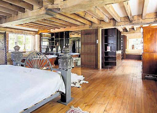 Хозяйская спальня совмещена с ванной