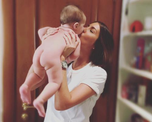 Кети ТОПУРИЯ с дочкой (фото Instagram.com)