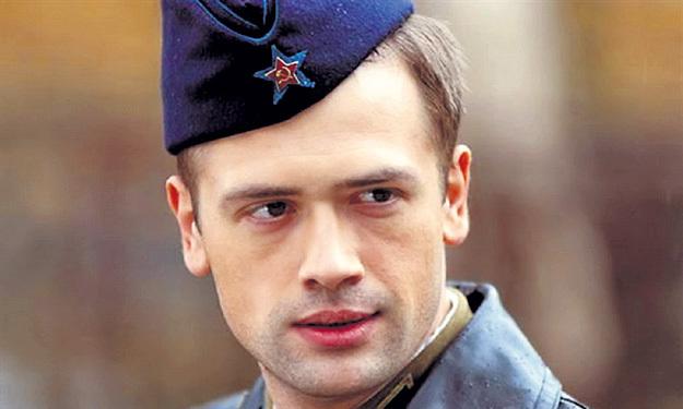 ...советских офицеров...