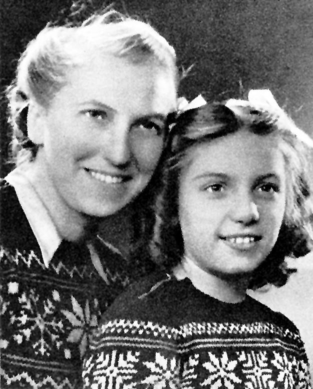 Мари-Тереза с дочерью