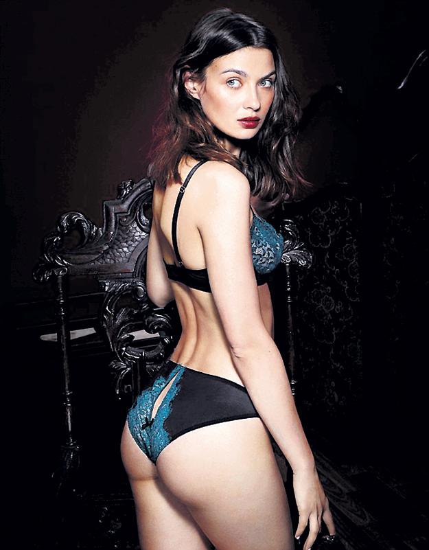 ...вдохновила модельеров искать новый взгляд на старые формы
