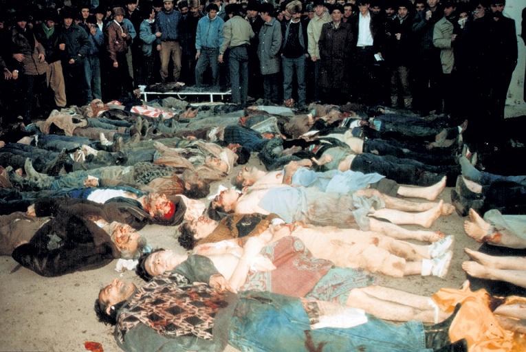 Жертвы осетино-ингушского конфликта, спровоцированного бандами националистов в Пригородном районе Северной Осетии в 1992 году. Кадр: Youtube.com