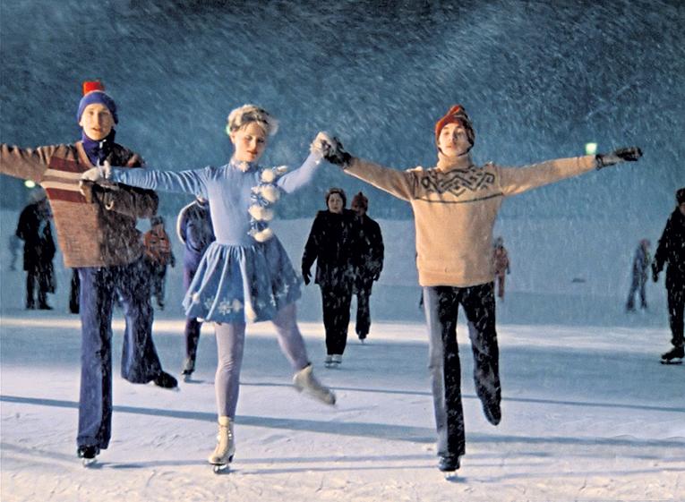 Фильм «Покровские ворота», снятый 35 лет назад, до сих пор навевает ностальгические воспоминания и будит нежные чувства...