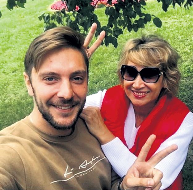 Сына Юру Лариса называет лучшим мужчиной на планете. Фото: Instagram.com
