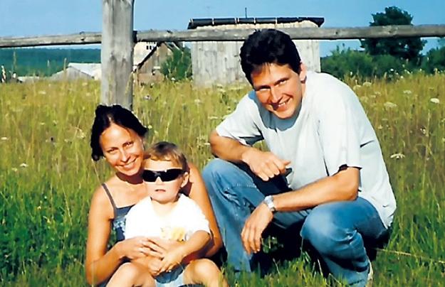 Бизнесмену МАЙДАНИЧУ Марина благодарна за дочку... Кадр Первого канала