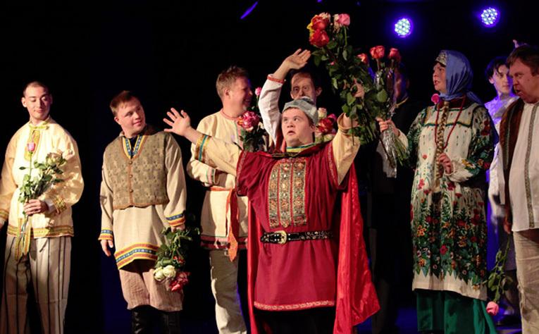 Спектакль Театра Простодушных в Москве. Фото с сайта <A href=