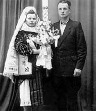 АЛЕКСАНДРА ФЕДОРОВНА И МИХАИЛ ФЕДОРОВИЧ РОТАРУ: родители звездных детей