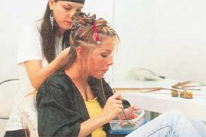 ПРЕОБРАЖЕНИЕ ДЕБОРЫ: ее волосы наращивали 14 часов