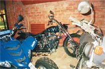 ПТИЦА - ТРОЙКА: для папы Александра мотоциклы - не транспорт, а хобби