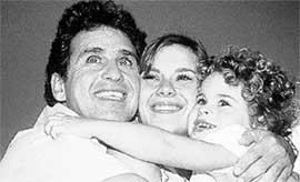 МАРКУС ФРОТА, КАРОЛИНА И ДАВИ: казались самой счастливой семьей в Бразилии