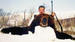 ПОМОЩНИК ПРЕЗИДЕНТА: встал на тропу войны с медведями