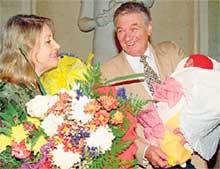 МИГ СЧАСТЬЯ: Александр Борисович благодарит жену за дочурку