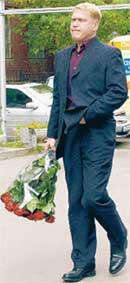 ИВАН ДЕМИДОВ: во время траурной церемонии стоял в почетном карауле у гроба