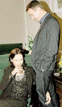 ЕВГЕНИЙ С АЛЕНОЙ БАБЕНКО: на людях изображали влюбленную пару