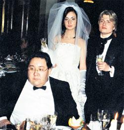 СВАДЬБА: когда-то Николай и Светлана чувствовали себя за спиной продюсера как за каменной стеной