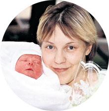 ДОЛГОЖДАННОЕ СЧАСТЬЕ: почти два года назад Ольга родила сына Илюшу